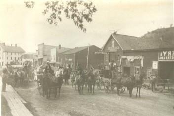 1904 Parade negative reversed (2)