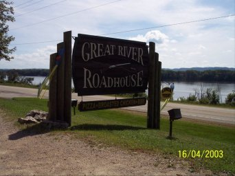 Great River Roadhouse
